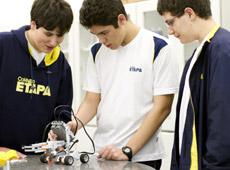 Colégio ETAPA - Robótica