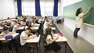 Colégio ETAPA - Valinhos | Linguas Estrangeiras