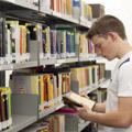 Colégio ETAPA - Valinhos | Biblioteca